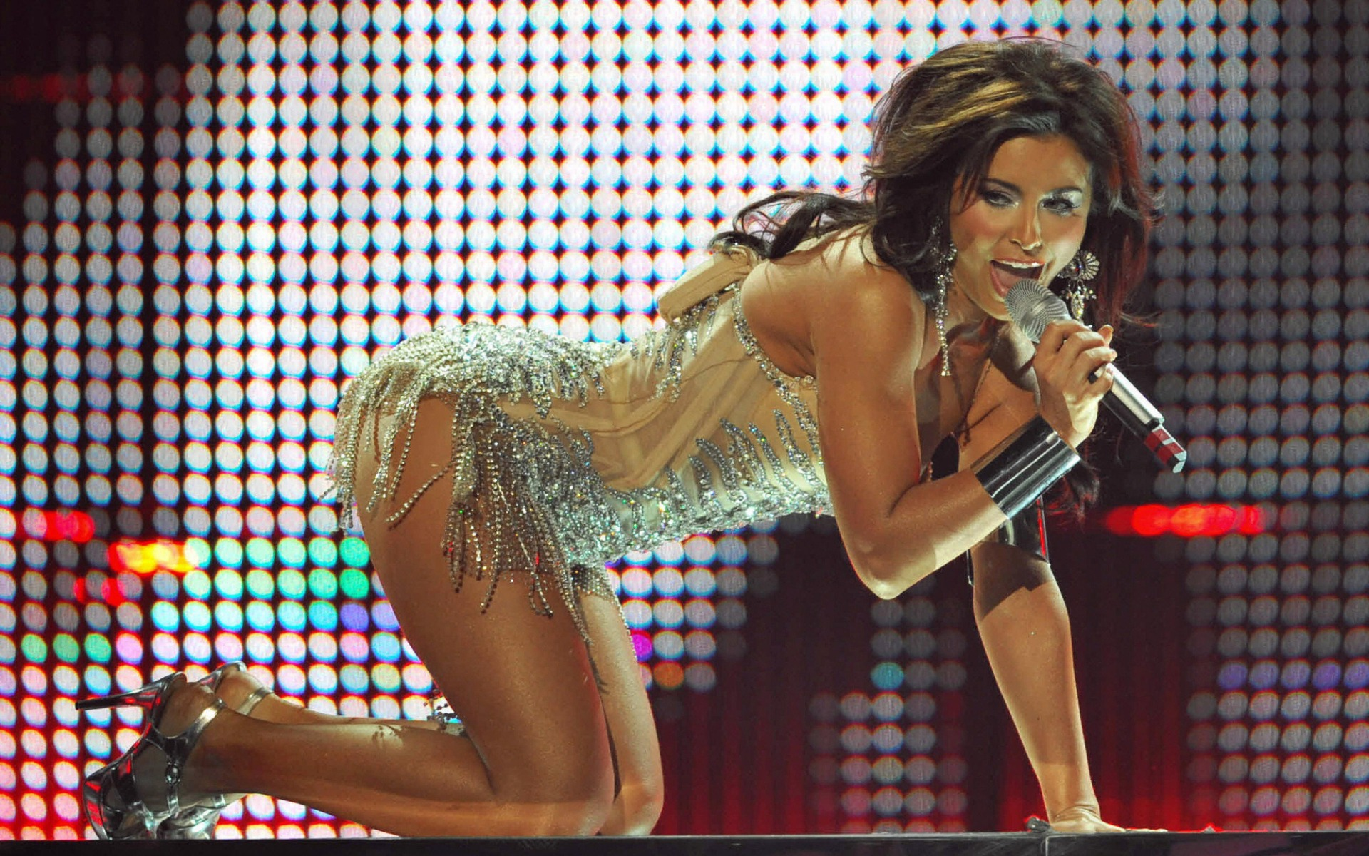 Рис. 2. Евровидение-2008